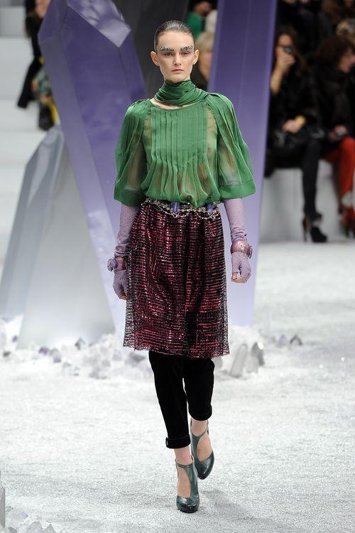 Chanel: Runway - Paris Fashion Week Womenswear Fall/Winter 2012 (Bild: Getty Images/Pascal Le Segretain )
