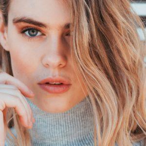 Fünf Fashion-Tipps für große Frauen