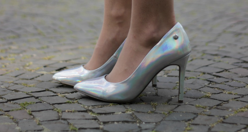 Pumps in Space-Silber