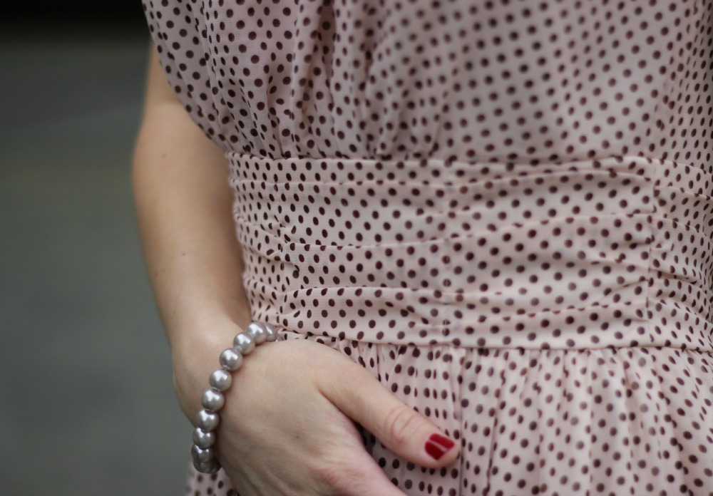 Swing Kleid mit Bündchen an der Taille
