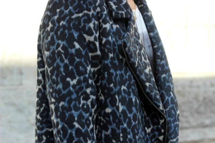 Oversize Mantel von Minimum mit Revers