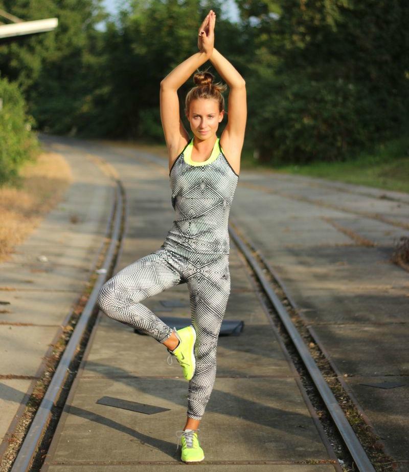 Yoga mit dem Adidas Bodysuit