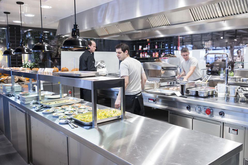 Tristan Brandt und sein Küchenteam