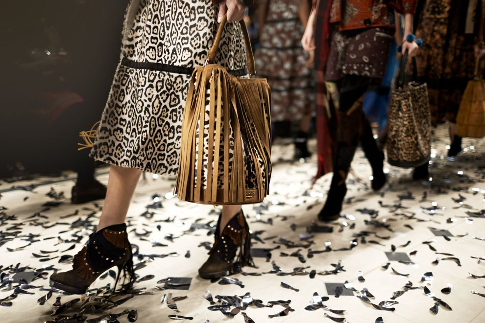 Burberry Womenswear Autumn_Winter 2015 Show-2
