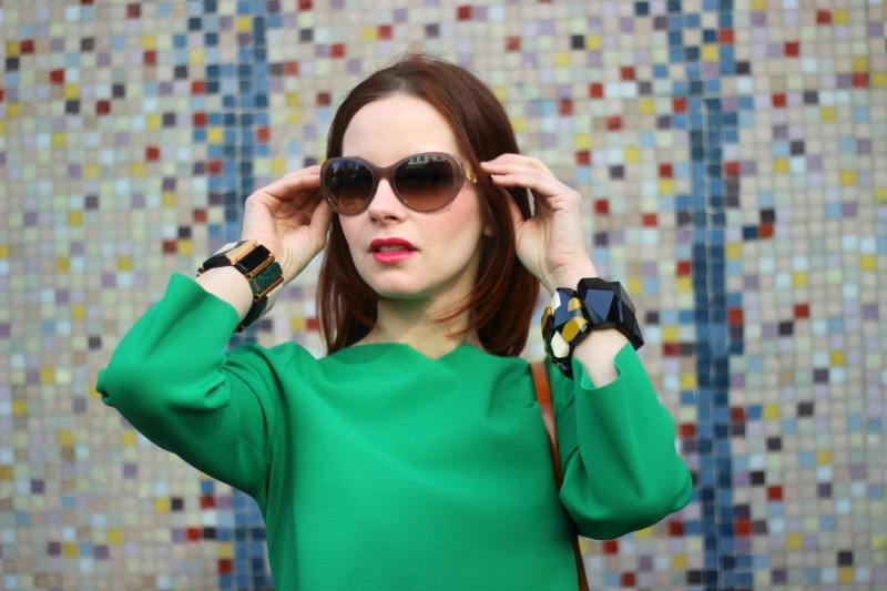 Detail_Dolce & Gabbana Sonnenbrille_Marni Armreif_Stella McCartney