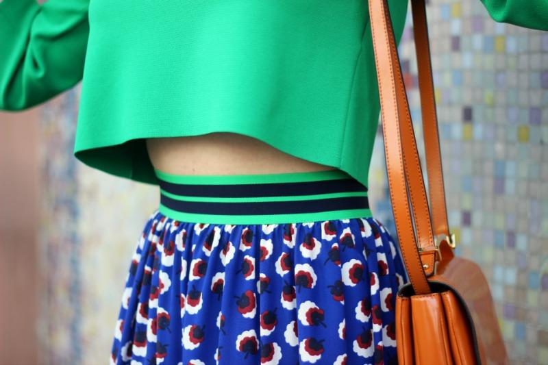 Detail_Stella McCartney Top und Rock_Marni Handtasche und Armreif 3
