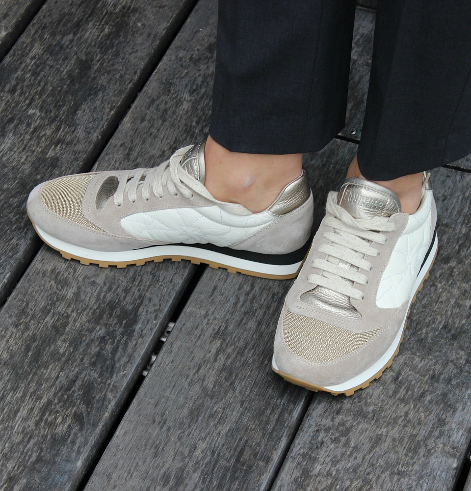 SneakersTahneeDetails