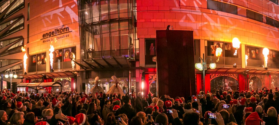 Die Weihnachtsfenster-Eröffnung 2016 bei engelhorn