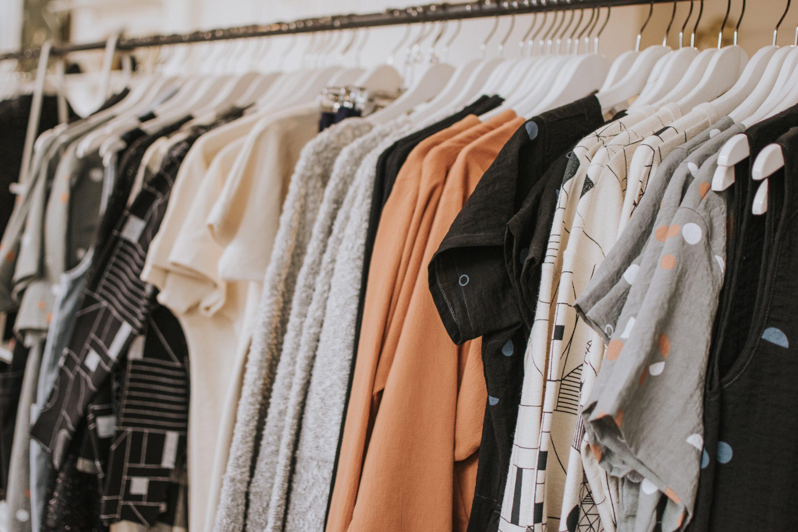 15 Kleiderschrank Basics, die man mit 30 besitzen sollte