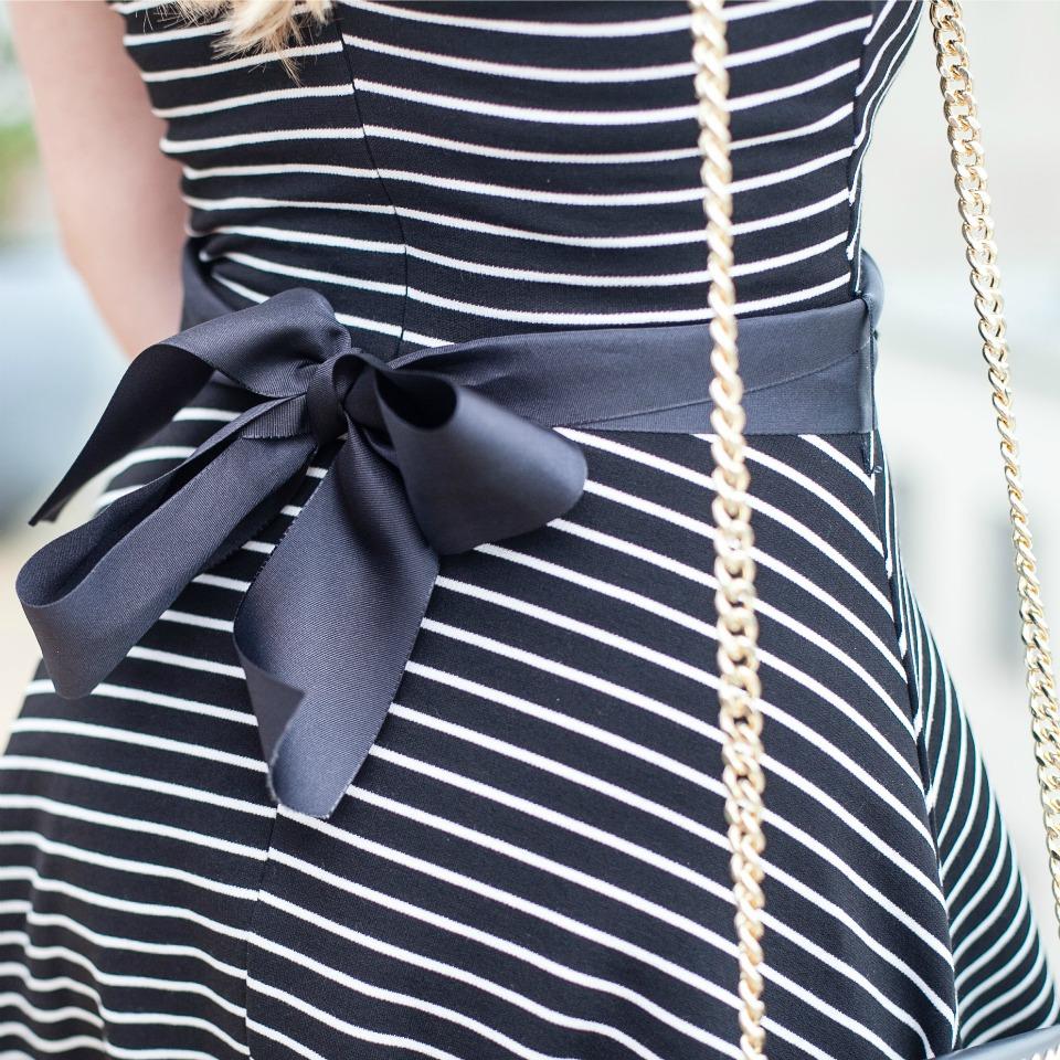 Kleid Details Schleife