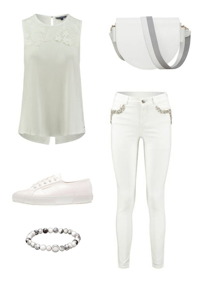 All white everything Sporty Outfit