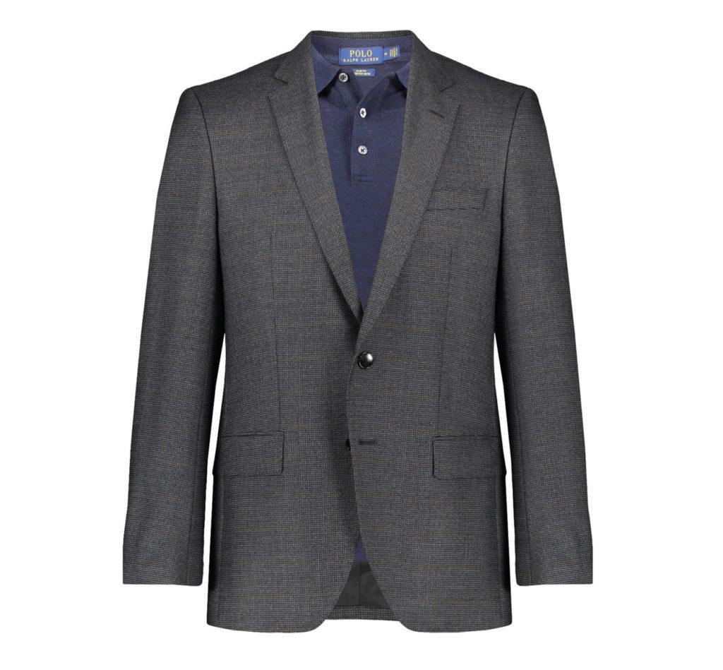 Poloshirt in Kombination mit Anzug