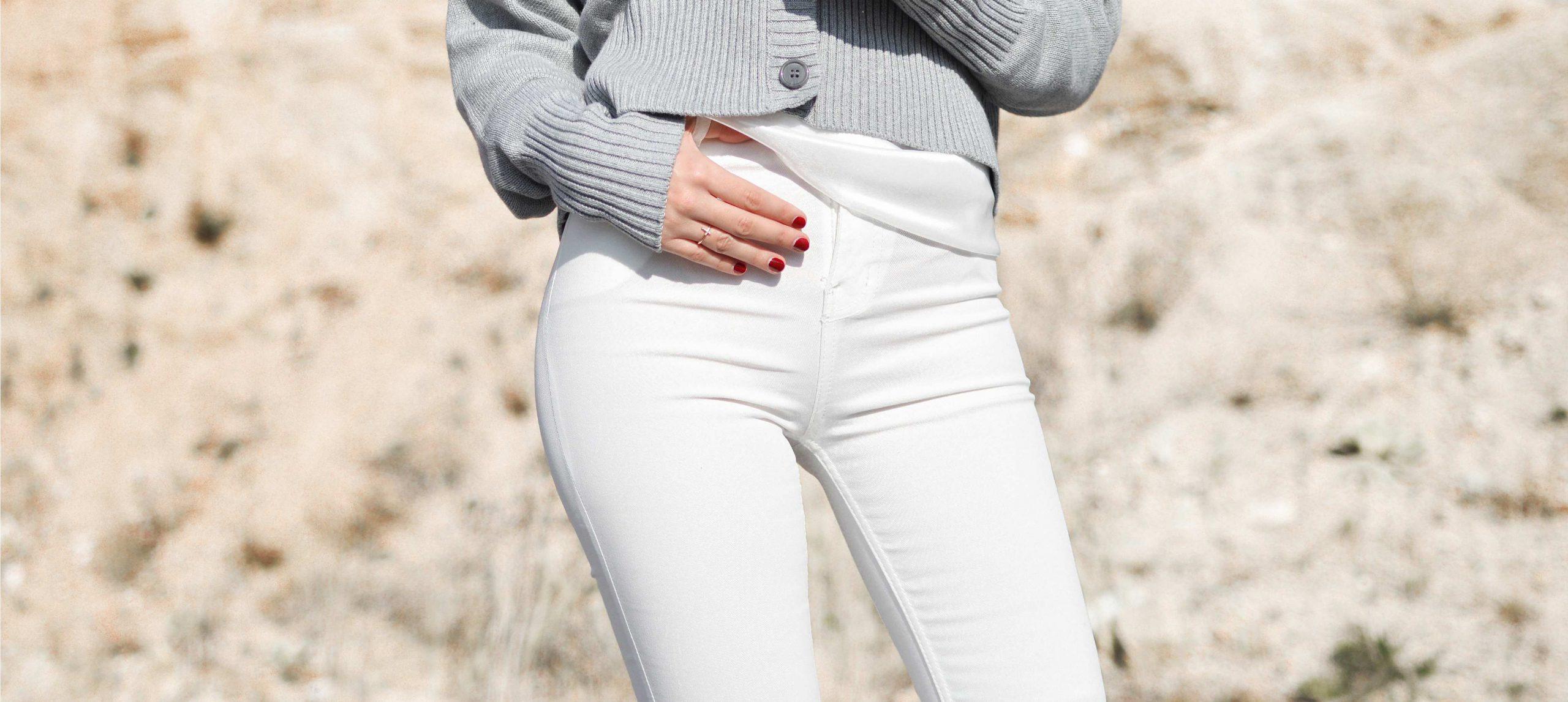 So trägt man weiße Jeans im Winter: Stylingtipps