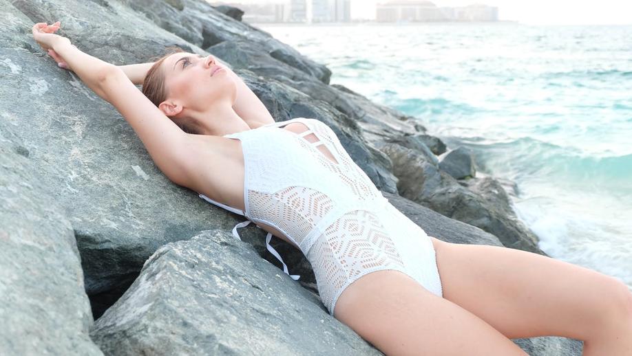 Diese Badeanzüge lassen all deine Bikinis verblassen