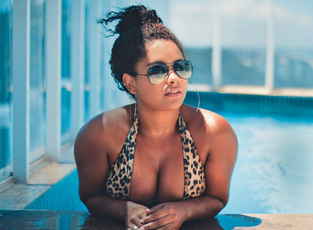 Bikini für große Brüste
