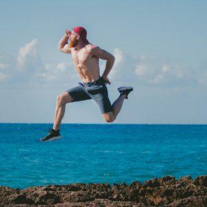 Muskulöse Beine zeigen: Die besten Shorts für ihn