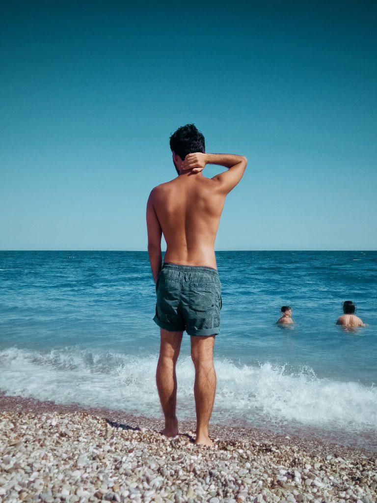 Muskulöse Männer Shorts
