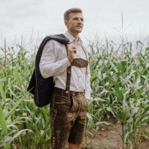 Fesch auf die Wiesn – Trachten-Trends für Männer