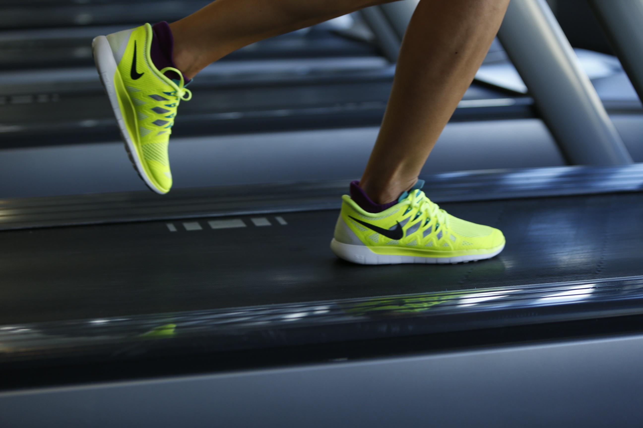 Cardio vs. Krafttraining – Was bringt mich schneller zu meiner Traumfigur?