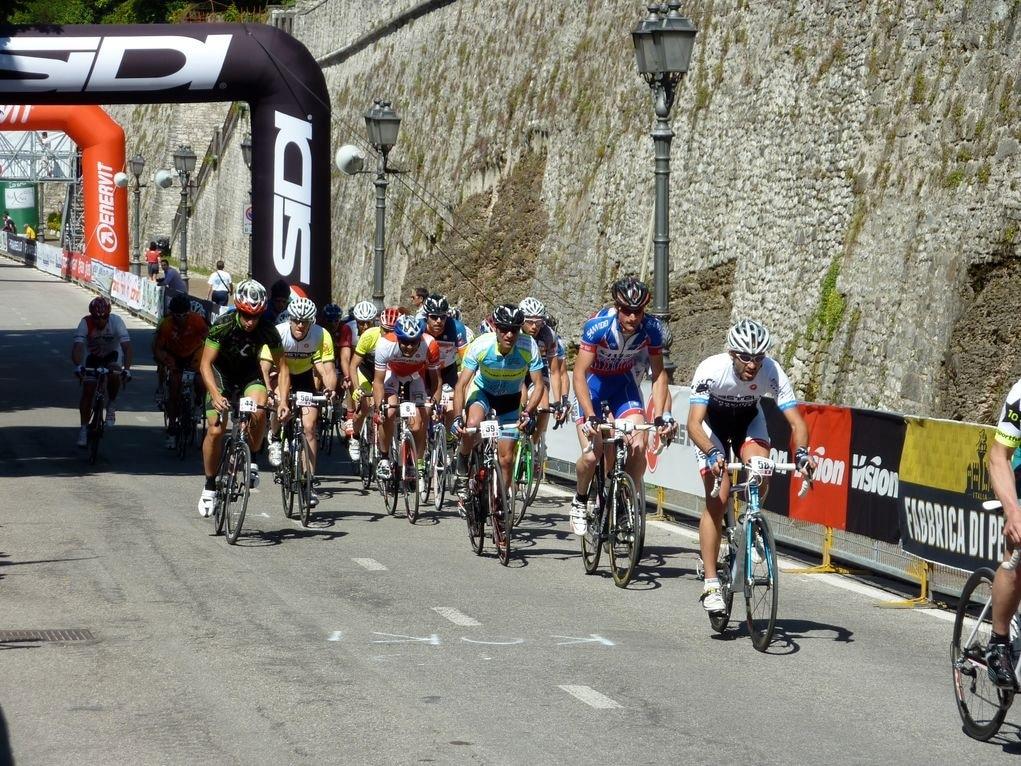 Castelli 24-Stunden-Rennen: 24 Stunden am Limit
