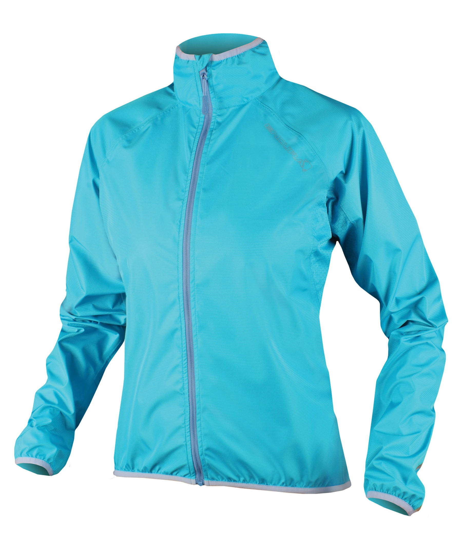 Die richtige Bike-Regenjacke für Frauen