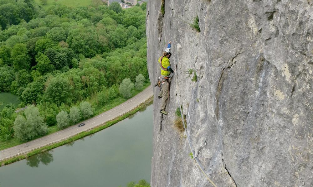 Gebietsvorstellung: Klettergebiet Freyr in Belgien