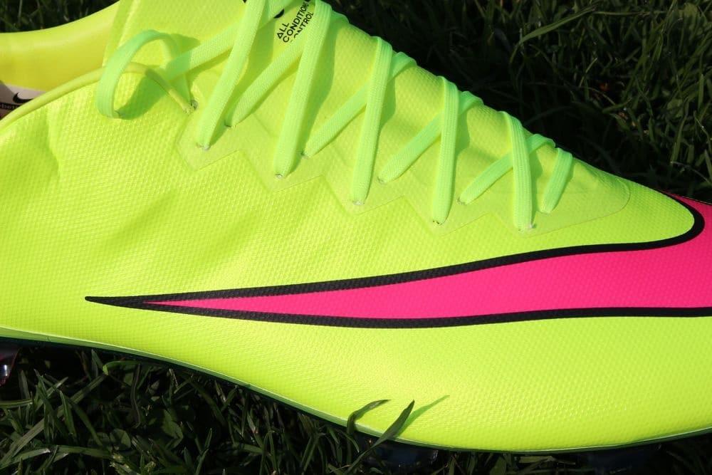 Im Test: Nike Mercurial Vapor X und Adidas adizero F50