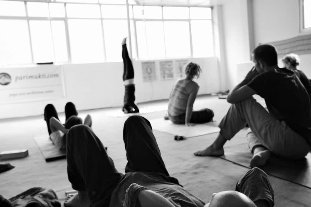 """Ist Yoga was für """"echte"""" Männer?"""