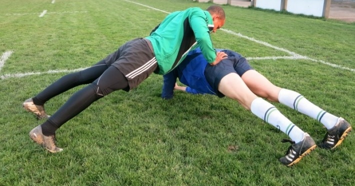 Partnerübungen für ein effektives Warm-Up