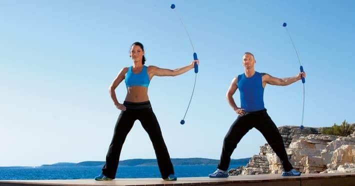 Schwingstab Workout – Stand 1: Effektives Training für Beine und Po