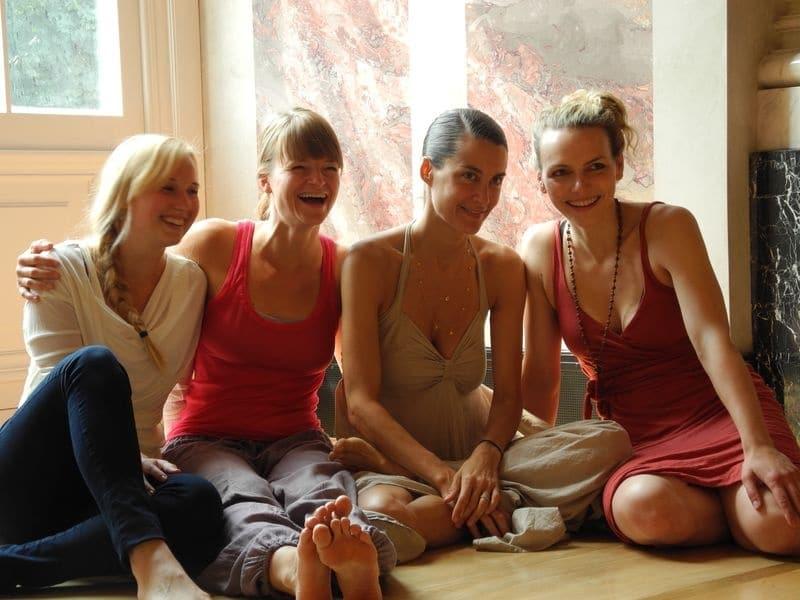 Yoga-Trainerin Elena Brower im Interview Teil 2