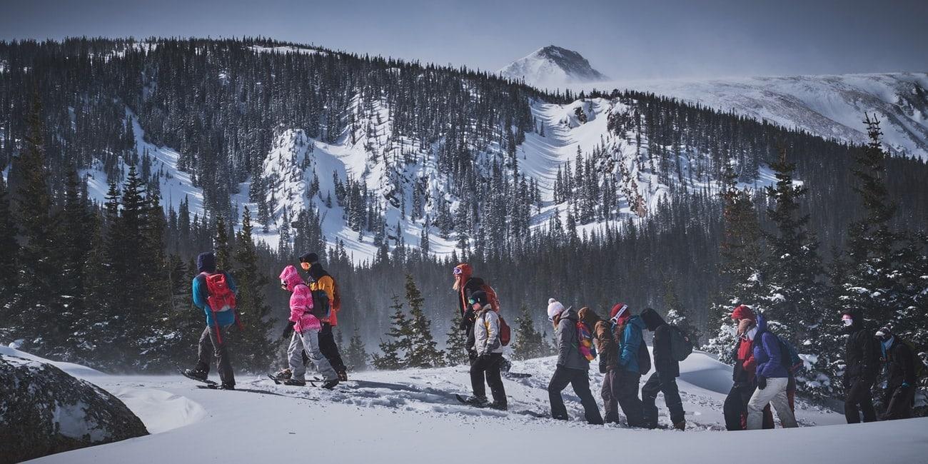 Schneeschuhwandern ein alternativer wintersport