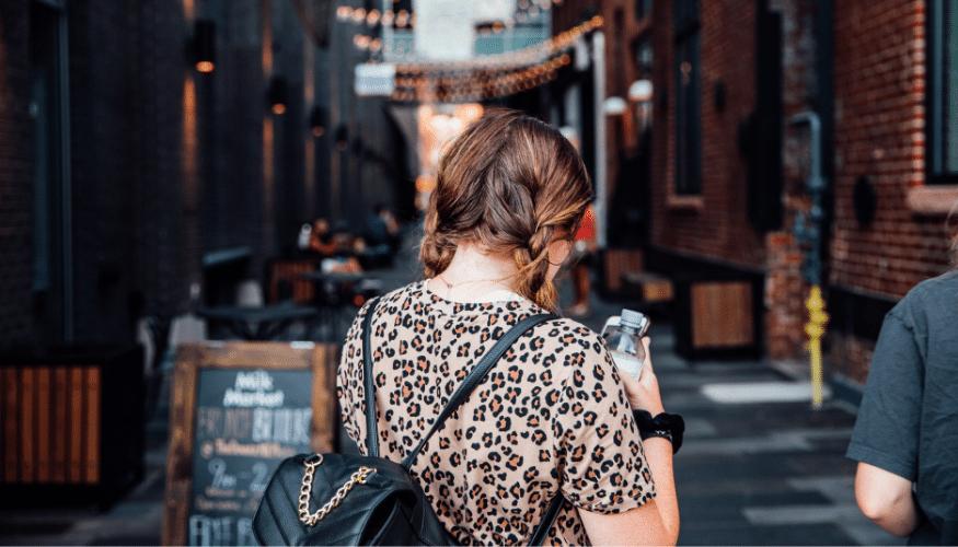 Rucksack statt Handtasche – die modische Alternative